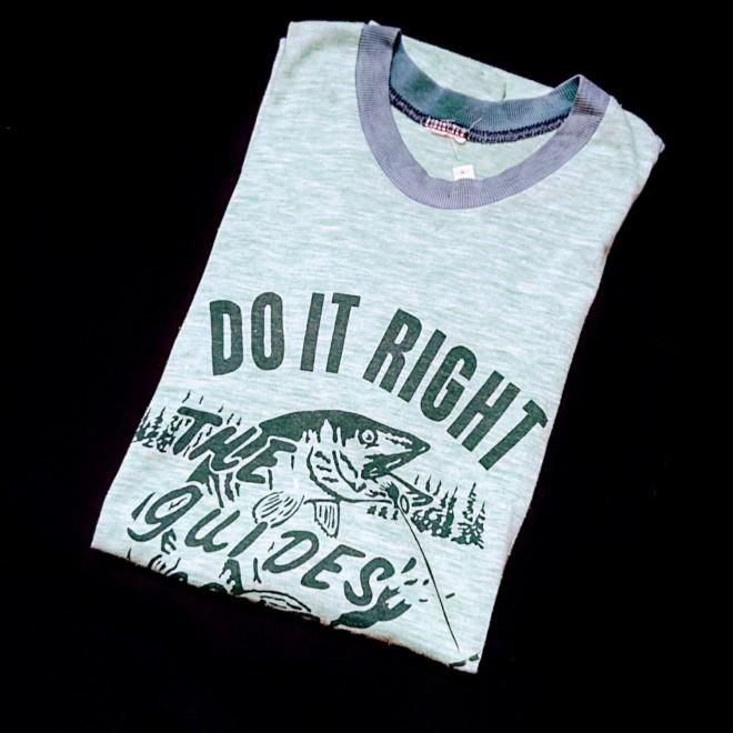 UNKNOWN プリントTシャツ